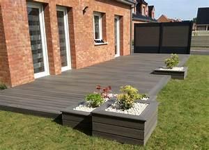 Terrasse en bois composite fiberon xtrem galaxy jardin for Photo amenagement paysager exterieur 10 terrasse en bois composite fiberon xtrem galaxy jardin