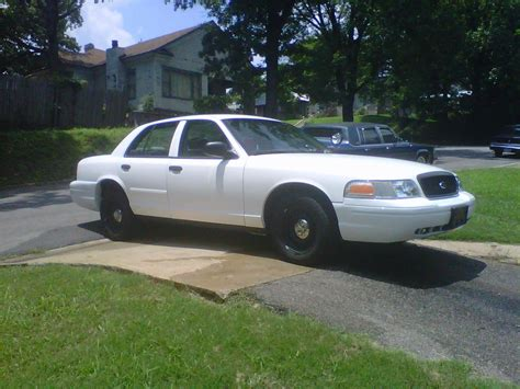 Jmosley71 2002 Ford Crown Victoria Specs Photos