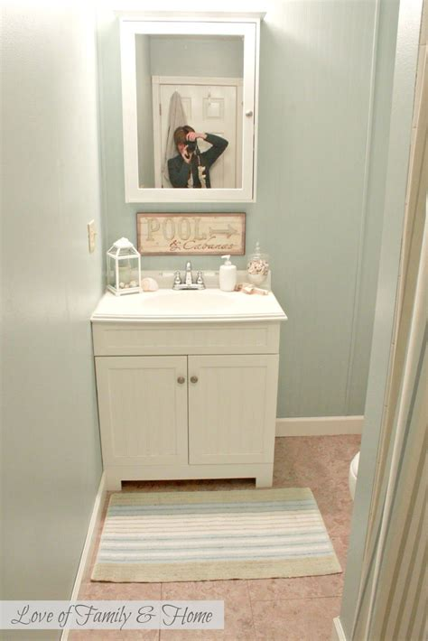 Best Color For Small Bathroom No Window by Best Color To Paint A Small Bathroom Best Paint Colors