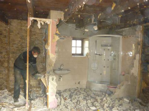 renover mur en interieur renover une maison tous les messages sur renover une maison une 232 re moisie pour cr 233 er un