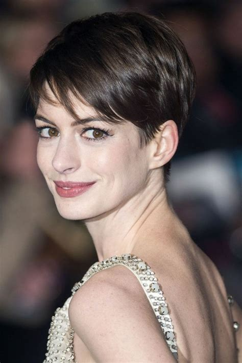 coupe moderne cheveux court coiffure femme courte osez la d 233 couvrez notre s 233 lection photos