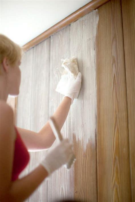 Wand überstreichen by Kunststoffpaneele Streichen Wandverkleidung In Einer