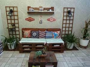Coussin Pour Salon De Jardin En Palette : 1001 id es pour cr er un beau salon de jardin en palette ~ Teatrodelosmanantiales.com Idées de Décoration