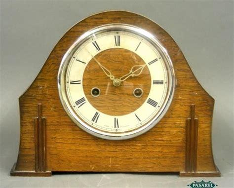 English Art Deco Smiths Enfield Oak Mantel Clock 1930s