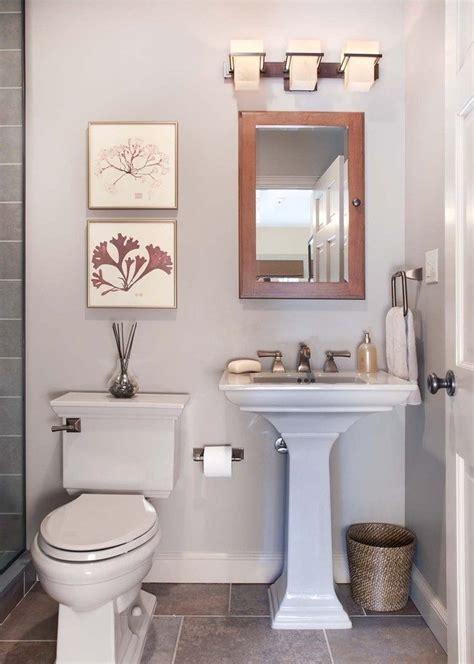 small wc decorating ideas aseo peque 241 o im 225 genes y fotos
