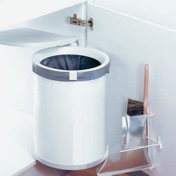 kitchen sink garbage can 17 best images about trash disposal bins cabinets on 8695