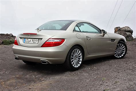 How much does a mercedes benz w221 class s 250 cdi blueefficiency weighs? File:Mercedes-Benz SLK 250 BlueEFFICIENCY (R 172) - Heckansicht, 11. März 2011, Teneriffa.jpg ...