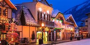 22 Best Christmas Towns in USA - Best Christmas Towns in