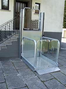 Aufzug Kosten Mehrfamilienhaus : hubb hnen und hebeb hnen f r behindertengerechtes wohnen ~ Michelbontemps.com Haus und Dekorationen