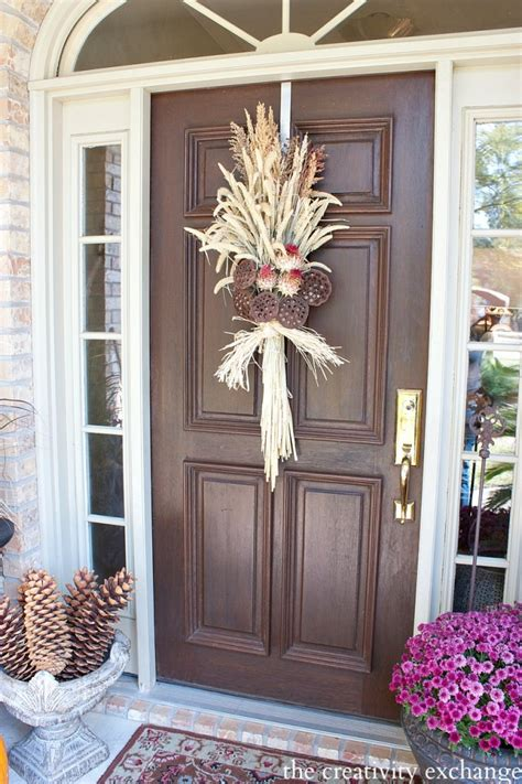 easy fall door swag  dried naturals