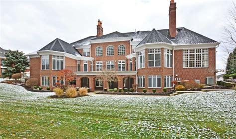 million brick mansion  strongsville  homes   rich