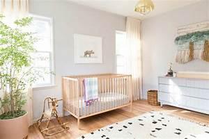 deco chambre bebe fille et garcon en style scandinave pour With tapis chambre bébé avec plante a fleur d intérieur
