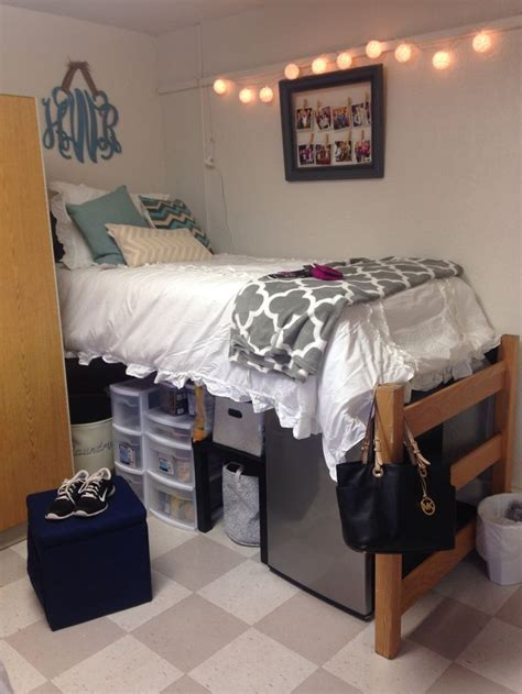 Top 25 Ideas About College Loft Beds On Pinterest Dorm