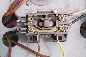 My Honeywell Programmable Thermostat Rth7400 Won U0026 39 T Turn Off