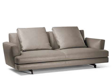 Poltrone E Sofa Bari. Latest Sofa Quadra By Poltrona Frau