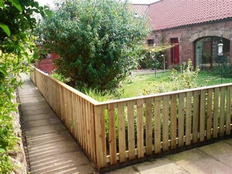 Low Garden Fencing Ideas
