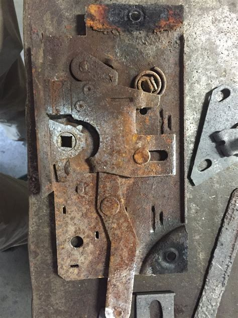 fs  ford door latches coupe  sedan  offer