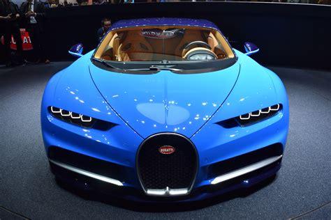 Back then it was priced at bugatti chiron vs veyron verdict. A Bugatti Chiron For $1.2 Million? Yep, Must Be Legit ...