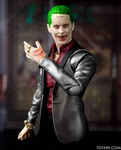 Suicid Squad Joker : toyark 39 s s h figuarts ss joker gallery toy discussion at ~ Medecine-chirurgie-esthetiques.com Avis de Voitures