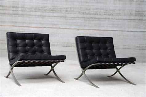 Poltrona Barcelona Mies Van Der Rohe Prezzo : Le Sedie Dei Grandi Maestri Del Design