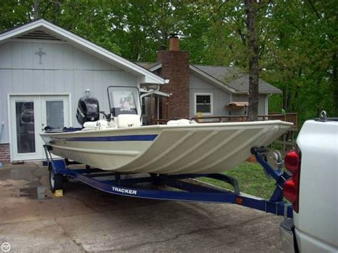 Bass Tracker Grizzly Boats For Sale by 2013 Used Tracker Grizzly 2072 Bass Boat For Sale
