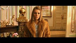 STRONG [FEMALE] CHARACTERS, Margot Tenenbaum, The Royal ...