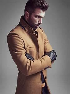 Les tendances chez le manteau long homme en 48 photos for Charming quelle couleur avec le bleu 0 quelle couleur de costume pour homme choisir