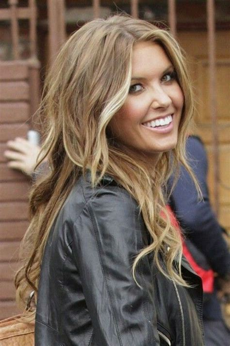 light caramel brown hair light brown and caramel highlights hairstyle picture magz