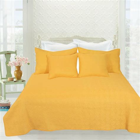 Yellow Quilted Coverlet by Geometric 3 5 Pc Matelasse Bright Yellow Brick Bedspread