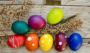 Eierfärben Mit Naturfarben : ostereier naturfarben natuerlich faerben zu ostern ~ Yasmunasinghe.com Haus und Dekorationen