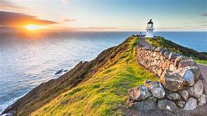 Lighthouse Cape Reinga In New Zealand Wallpapers Hd Images For Desktop And Mobile 3840x2160