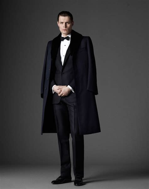 Elegant Menu0026#39;s Clothing in Alfred Dunhill Heritage Collection 2018