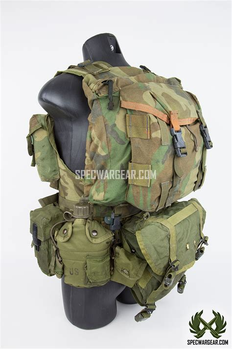 experimental tactical load bearing vest   pattern