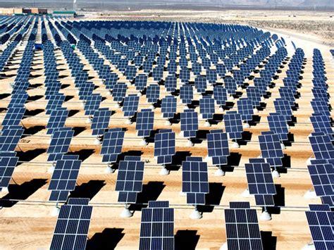 Актуаторы для солнечных батарей комплексная система ориентации солнечных батарей управление солнечными батареями работает.