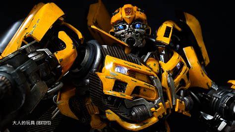 Threea 《變形金剛》transformers Dark Of The Moon 大黃蜂bumblebee 開