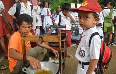 @linagui.kitchen masak yuk 10 resep jajanan jadul anak sd, mudah, enak, sehat, & bikin nostalgia. 10 Jajanan Anak SD yang Paling Laris, Bikin Kamu Ketagihan ...