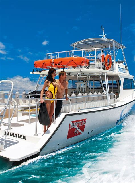 dive boat dive in style on our newton dive boats sandals resorts