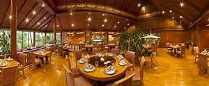 Royal Thai Restaurant Luxury 5-Star accomodation in