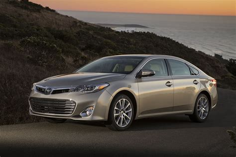 toyota american models 2015 toyota avalon specs pictures trims colors cars com