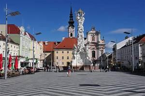St Pölten : datei 13 04 13 st poelten pathausplatz wikipedia ~ Buech-reservation.com Haus und Dekorationen