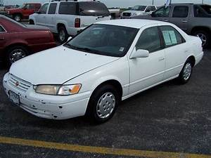 1999 Toyota Camry Le For Sale In Pontiac  Illinois