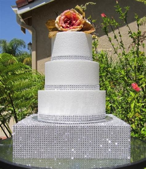 wedding cakes with bling rhinestone diamond mesh 12