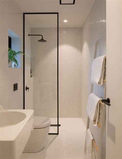 minimalist design   small bathroom    level