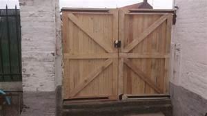 Fabriquer Porte Abri De Jardin : fabriquer une porte de jardin fabriquer une porte en bois pour abri de jardin luxe construire ~ Nature-et-papiers.com Idées de Décoration