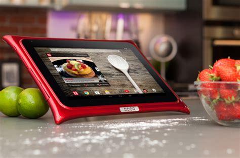 tablette de cuisine qooq qooq une tablette à l 39 épreuve de votre cuisine darty