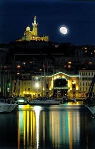 Livraison Marseille Nuit : nuit de lune de port de marseille photo libre de droits image 2404245 ~ Maxctalentgroup.com Avis de Voitures
