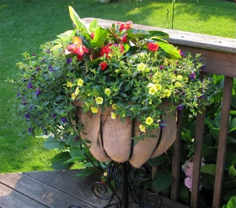20 Unique Container Gardening Ideas For Deck, Patio Or