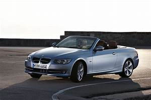 Bmw Serie 3 2011 : 2011 bmw 3 series coupe and convertible facelift carblog ~ Gottalentnigeria.com Avis de Voitures