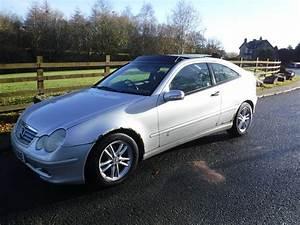 Mercedes C220 Cdi 2002 : 2002 mercedes c220 cdi automatic turbo diesel coupe big spec low price picclick uk ~ Medecine-chirurgie-esthetiques.com Avis de Voitures