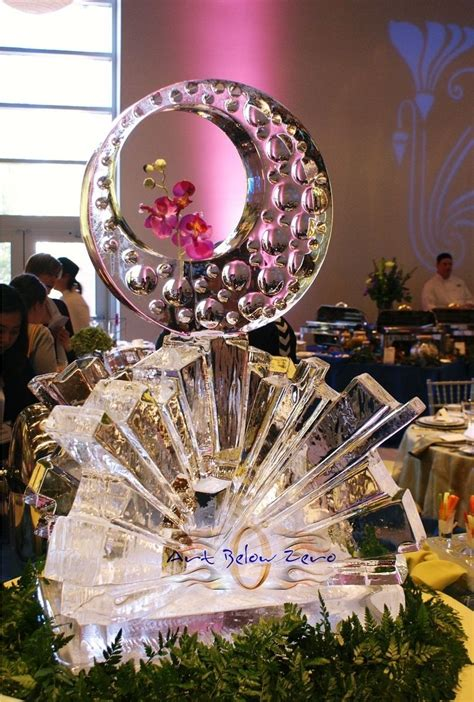 custom wedding ice sculptures  art